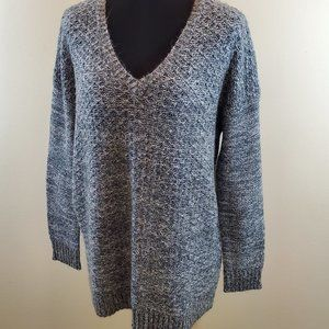 Ellen Tracy Gray Marled Textured V Neck Sweater